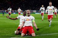 Marcel Sabitzer celebra su gol al Tottenham.