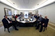 Los ministros, reunidos en el primer Consejo de este Gobierno celebrado el pasado 14 de enero.