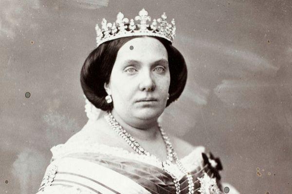 Retrato fotográfico de Isabel II,