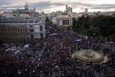 """La UE desaconsejó permitir """"multitudes""""para evitar transmitir el coronavirus"""