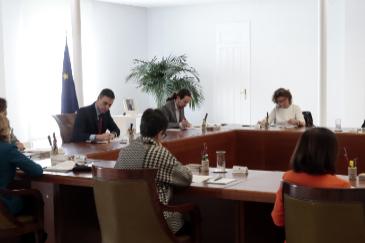 Un Consejo de Ministros presencial con la asistencia de Pablo Iglesias  pese a su cuarentena