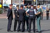 Agentes de la Guardia Civil, la Policía Nacional y los Mossos, en un acto en Barcelona.