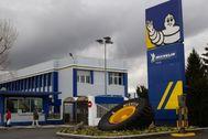 Entrada en la planta de Michelin en la capital alavesa.