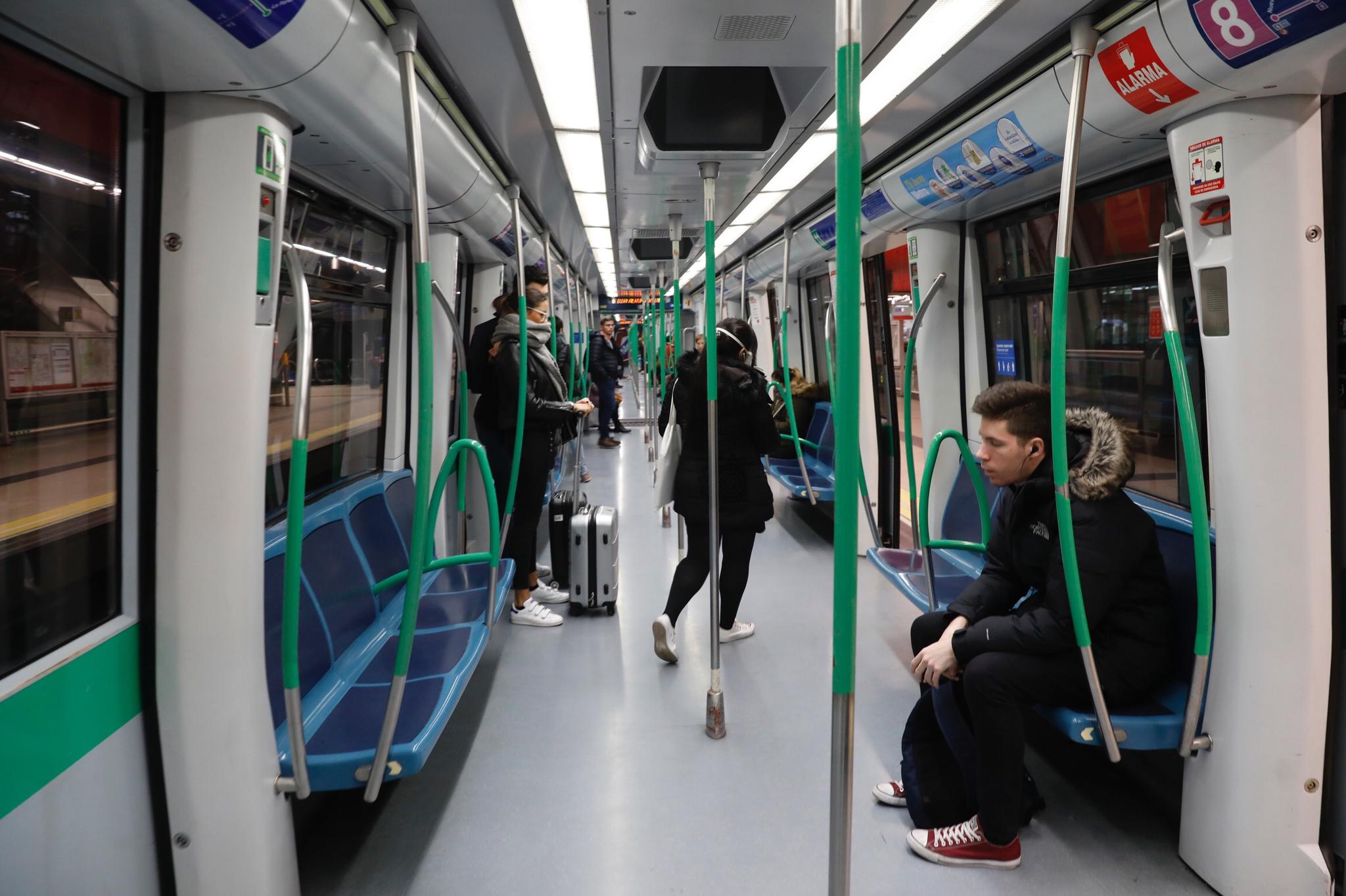 Un vagón de Metro, hoy en hora punta.
