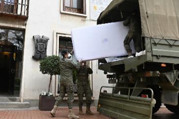 En la zona cero del coronavirus: la Brigada Paracaidista al rescate del Hospital de Alcalá
