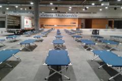 Camas habilitadas por el Ayuntamiento de Madrid en Ifema para los 'sin techo'.