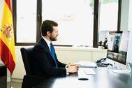 Pablo Casado, durante su videoconferencia con Pedro Sánchez.