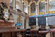 Palacio de la Bolsa de Madrid durante este lunes.