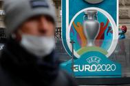 Un cartel de la Eurocopa en San Petersburgo (Rusia).
