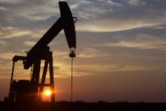 La guerra del petróleo entre Rusia y Arabia Saudí llega al surtidor