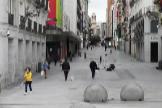 La calle Preciados de Madrid, prácticamente vacía por la crisis del coronavirus.