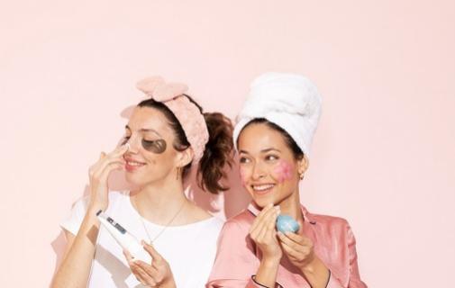 A traves de su cuenta de Instagram, Miin Cosmetics ofrece minicharlas cosméticas sobre formulación, productos y curiosidades 'beauty' varias.