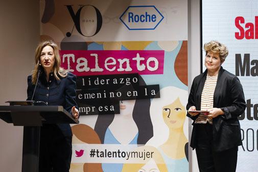 La directora de Yo Dona, Marta Michel, y la maestra de ceremonias, Tania Llasera.