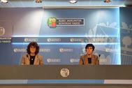 Nekane Murga junto a Estefanía Beltrán de Heredia en su comparecencia telemática ante los medios.