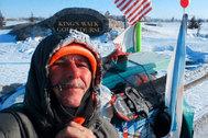 Dos años y medio para llegar de Ushuaia a Alaska a pie y el coronavirus lo frena a pocos kilómetros del final