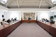 Pedro Sánchez, durante una reunión en Moncloa del Comité de Gestión del coronavirus.