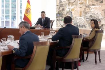 El Gobierno desinfecta los edificios de La Moncloa por el aumento de casos de coronavirus