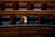 La vicepresidenta económica, Nadia Calviño, este miécoles, en el segundo pleno del Congreso en el estado de alarma.