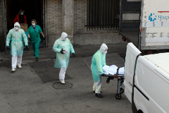 738 fallecidos en un día: España ya supera a China en muertos
