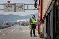 Control policial de acceso a Igualada.