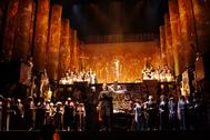 'Tosca' de Puccini, en la versión dirigida por Nuria Espert para el Teatro Real en 2004 y 2011.