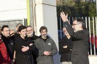 Jordi Cuixart a su llegada a su empresa el primer día de su semilibertad