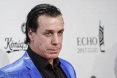 Berlin (Germany).- (FILE) Till Lindemann, the singer of the German rock band lt;HIT gt;Rammstein lt;/HIT gt;, poses on the red carpet of the 26th Echo 2017 music awards ceremony in Berlin, Germany, 06 April 2017 (re-issued 27 March 2020). According to media reports on 27 March 2020, Till Lindemann, who was tested postivie on the coronavirus, is at a hospital in Berlin under quarantine. (Alemania) EPA/ *** Local Caption *** 53441371