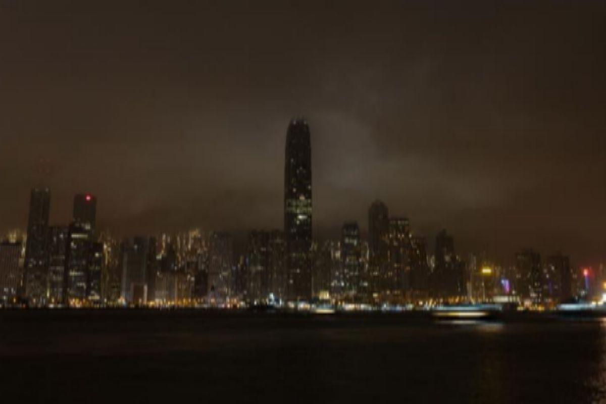 Hong Kong, durante el apagón de este sábado por la Hora del Planeta