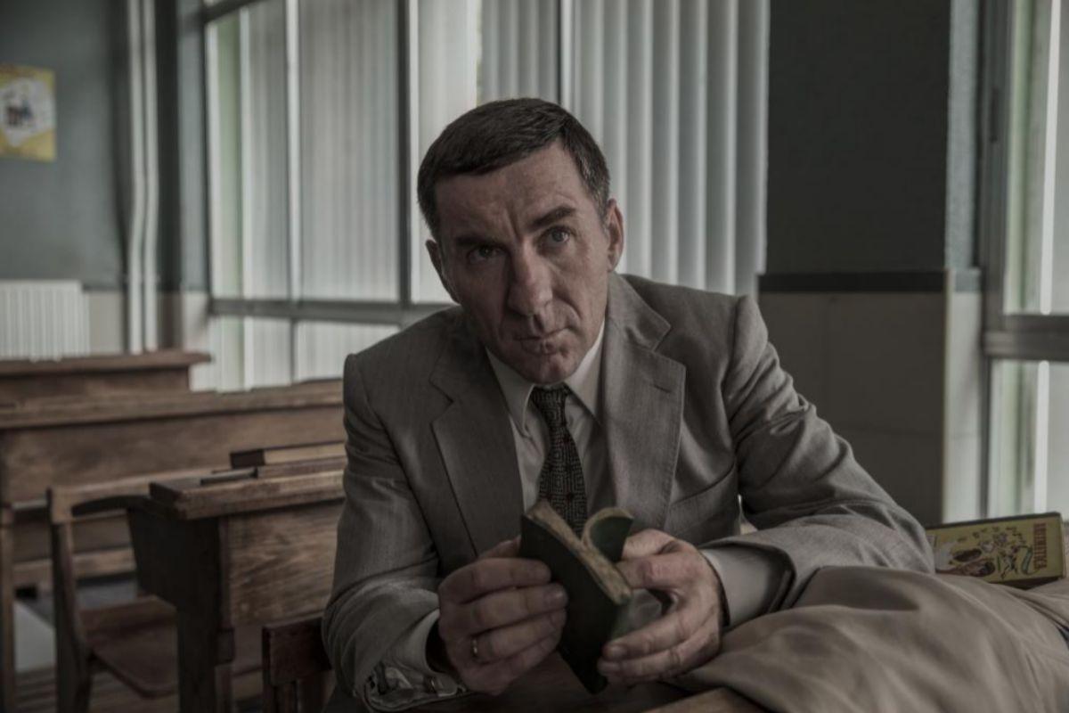 Antonio de la Torre, que da vida al inspector Melitón Manzanas, en un momento de 'La línea invisible'.