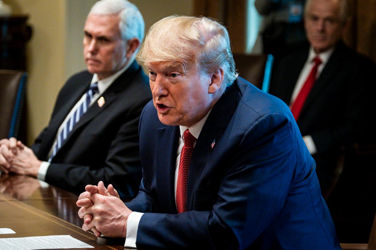 Donald Trump extiende hasta el 30 de abril las medidas del distanciamiento social