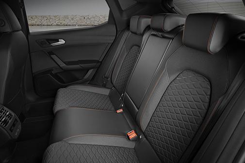 El interior es ergonómico. acogedor y funcional.