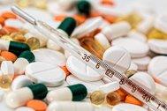 Farmacias 'a domicilio' ante el colapso médico, el confinamiento y el miedo al coronavirus
