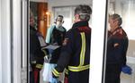 """Así es el plan de choque para 25 residencias en situación """"crítica"""" en Madrid: desinfecciones, material y bomberos trasladando cadáveres"""