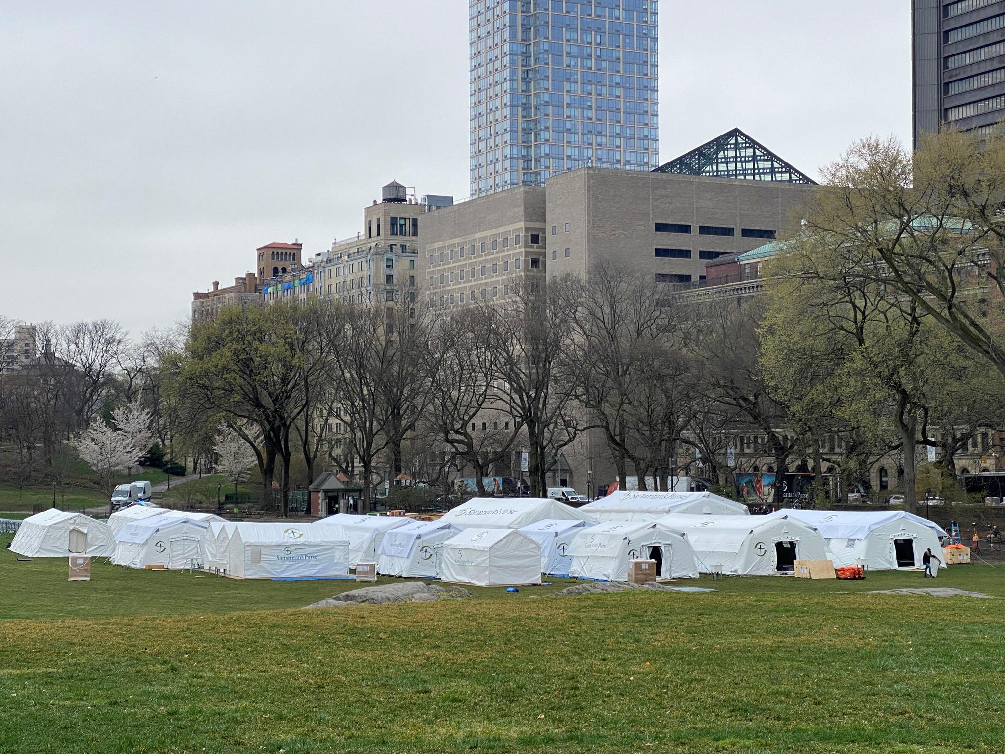 Hospital de campaña de Samaritan's Purse en Central Park.