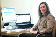 """Araceli de Frutos, asesora financiera: """"Los mercados estarán muy dañados hasta  junio o julio"""""""