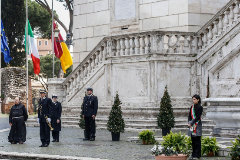 Rome (Italy).- Mayor of Rome Virginia Raggi (R) observes a minute of silence to commemorate the victims of the novel coronavirus disease (COVID-19), at Campidoglio in Rome, Italy, 31 March 2020. Flags flew at half-mast across the country as a minute of silence was observed to mourn the victims of the coronavirus, expressing support to their families and voice solidarity with health workers amid the emergency. ( lt;HIT gt;Italia lt;/HIT gt;, Roma) EPA/