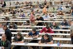 13 autonomías retrasan a 2021 las oposiciones para profesor y cuatro intentan mantenerlas para este año