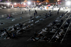 Vagabundos durmiendo en plazas de párking en Las Vegas.