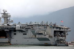 Da Nang (Viet Nam), 05/03/2020.- (FILE) - The aircraft carrier USS Theodore lt;HIT gt;Roosevelt lt;/HIT gt; (CVN-71) arrives at the harbor of Da Nang, Vietnam, 05 March 2020 (reissued 01 April 2020). According to reports, Captain Brett Crozier, captain of the US aircraft carrier Theodore lt;HIT gt;Roosevelt lt;/HIT gt;, which is currently docked in Gua, has penned a letter calling for decisive action to be taken to avert deaths on the carrier. (Estados Unidos) EPA/