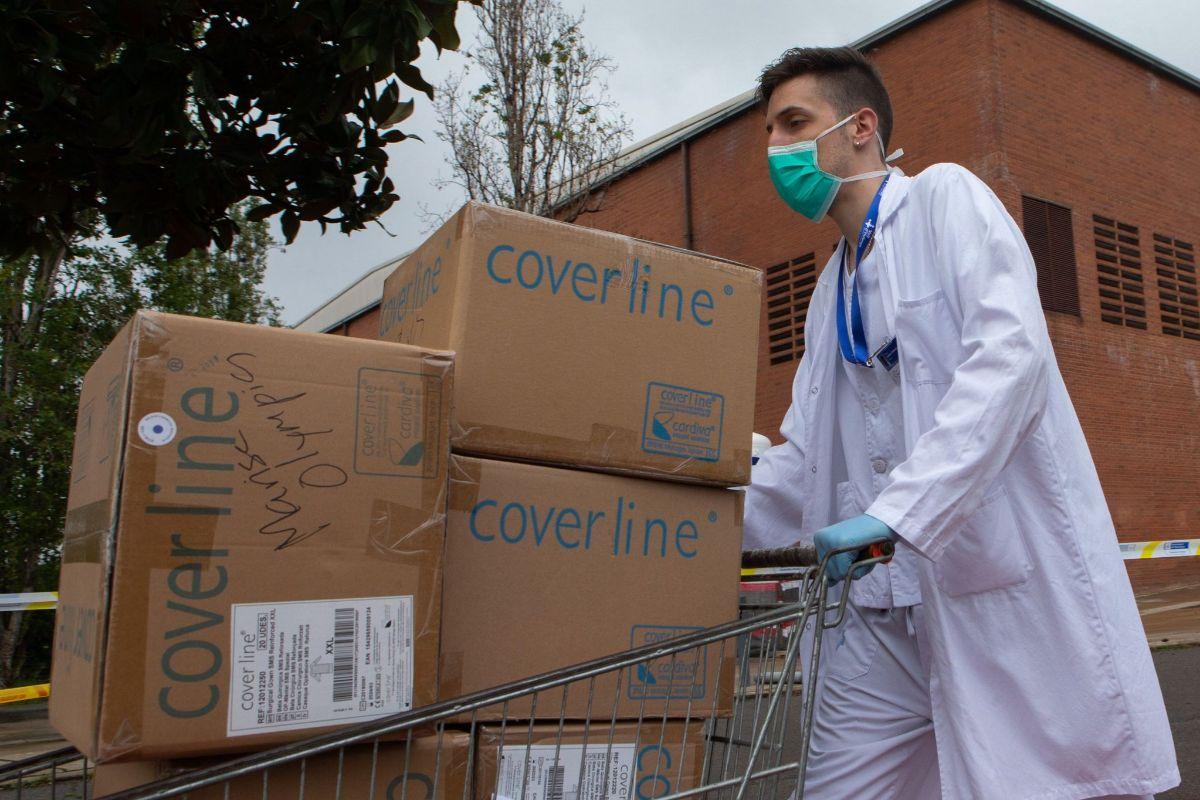 Cataluña pide a sus médicos dosificar los fármacos para el coronavirus por