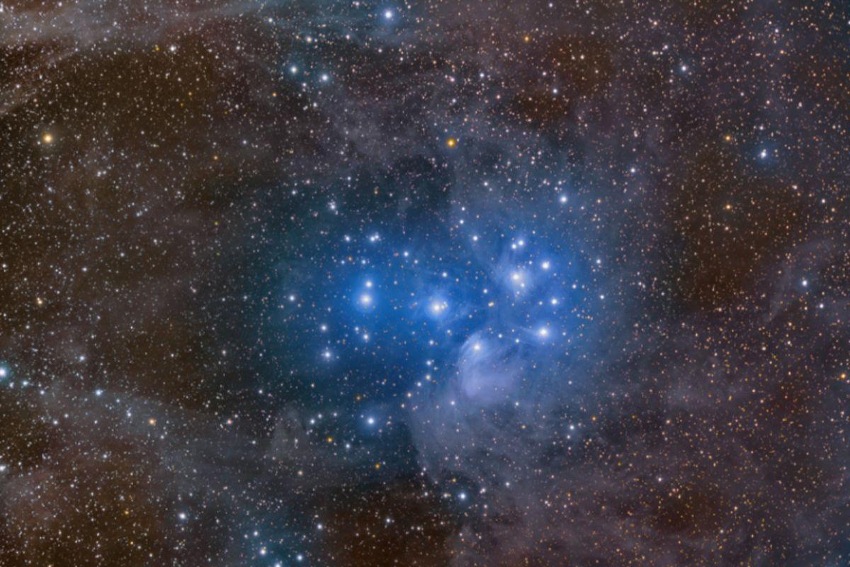 Las Pléyades y su nebulosa de reflexión