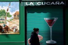 Un bar cerrado en Madrid.