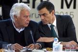 Felipe González y Pedro Sánchez, en un encuentro con dirigentes socialdemócratas europeos en 2015.