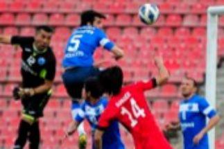 Un campo vacío, una remontada y el único título del mes: el fútbol está en Tayikistán