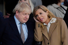Boris Johnson y Carrie Symonds.