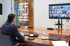 Pedro Sánchez, el domingo, durante la videoconferencia con los presidentes autonómicos.