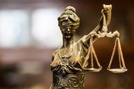 Estatua de la justicia.
