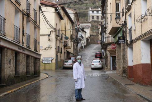 Eduardo Comas, coordinador del Centro de Salud de Cedrillas (Teruel).