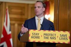 El secretario de Exteriores, Dominic Raab, esta tarde en Downing Street.