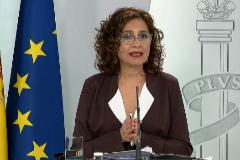 María Jesús Montero, durante una rueda de prensa en La Moncloa.